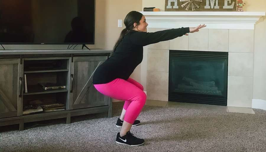bodyweight squats for the glutes